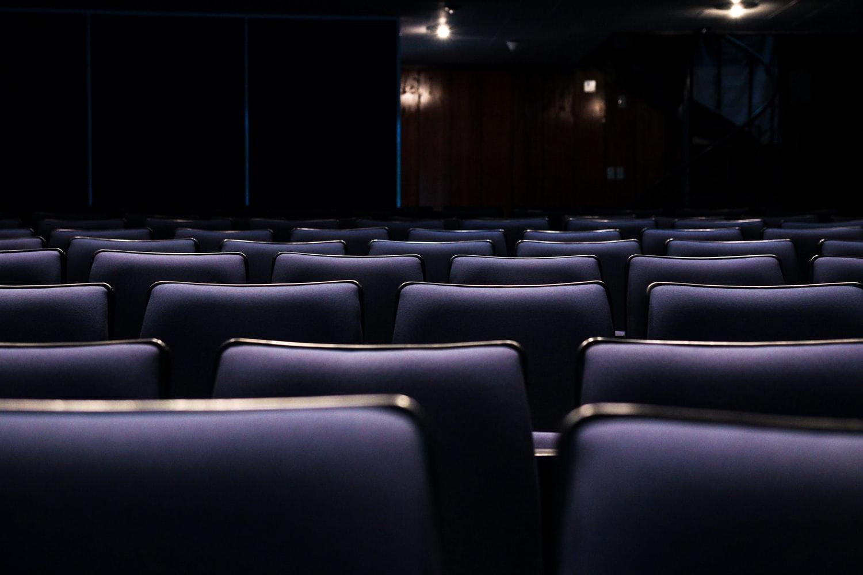 Comment créer un univers home cinéma avec un vidéoprojecteur ?